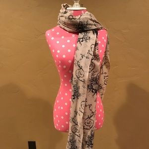 J.Crew cream and black patterned scarf